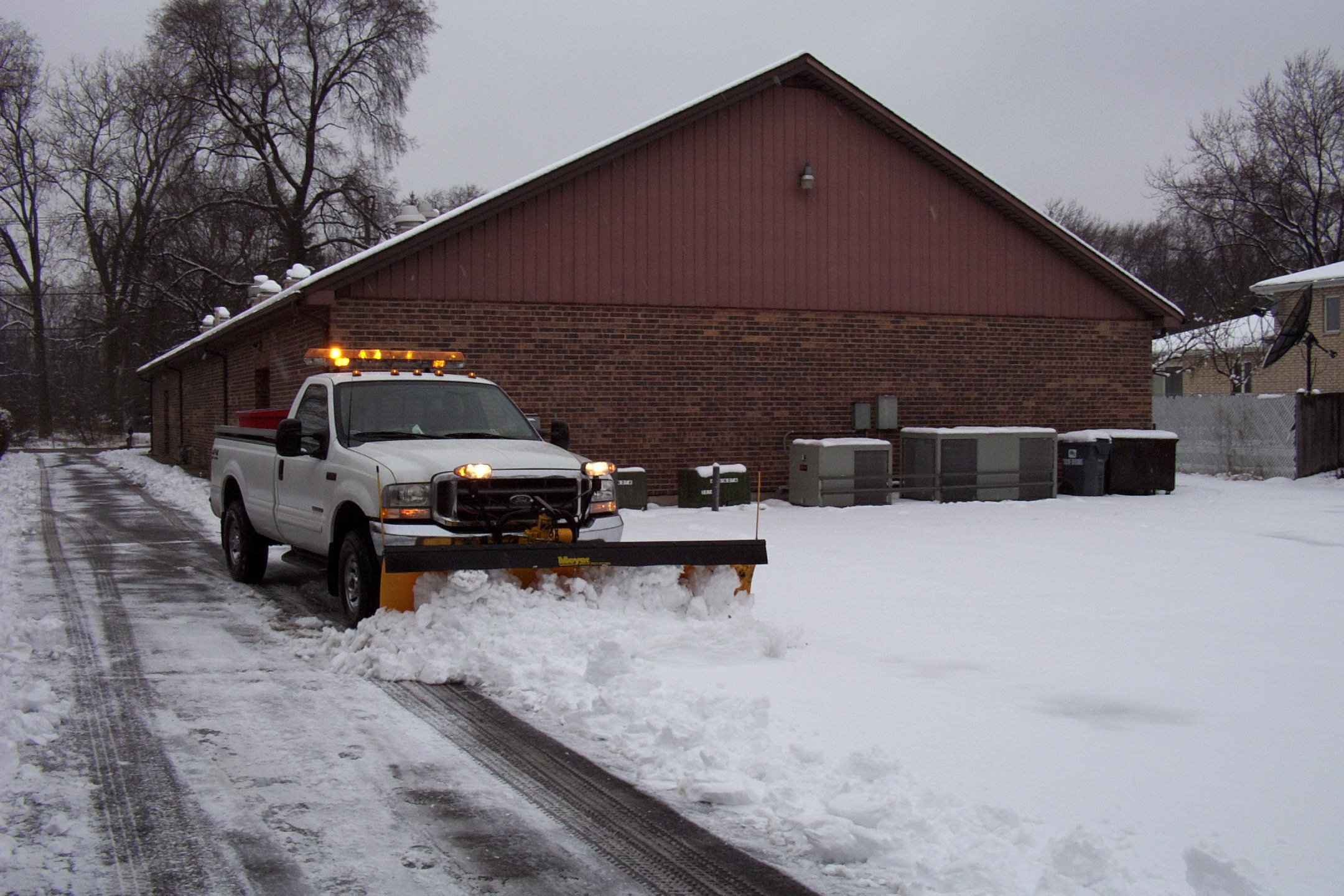 Commercial Snow Removal Contract Unique Take Your Pick……… Choosing the Best Snow Plowing and Ice Control Contract for A Chicago Winter